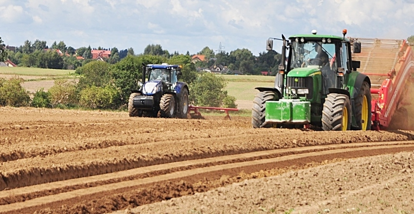 główne traktor